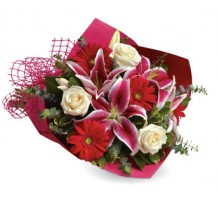 G-Ray-Florist-Online-Flower-Delivery-Kl-Penang-Stolen Heart