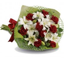 G-Ray-Florist-Online-Flower-Delivery-Kl-Penang-Valentine's Luxuriously Love